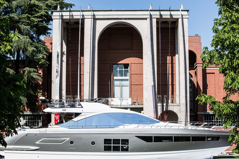 Azimut Yachts La Dolce Vita 3.0 lands in Milan