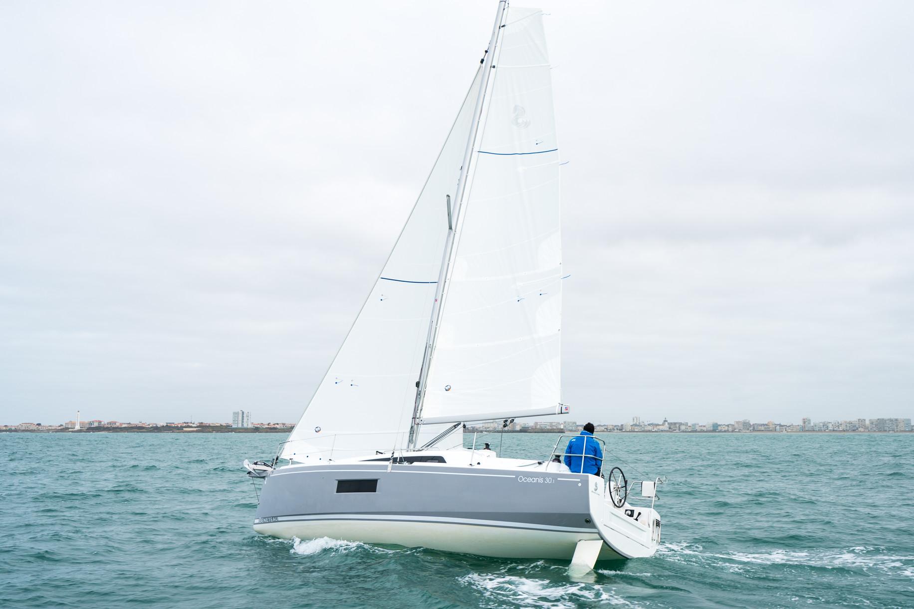 Oceanis 30.1-thumb-2
