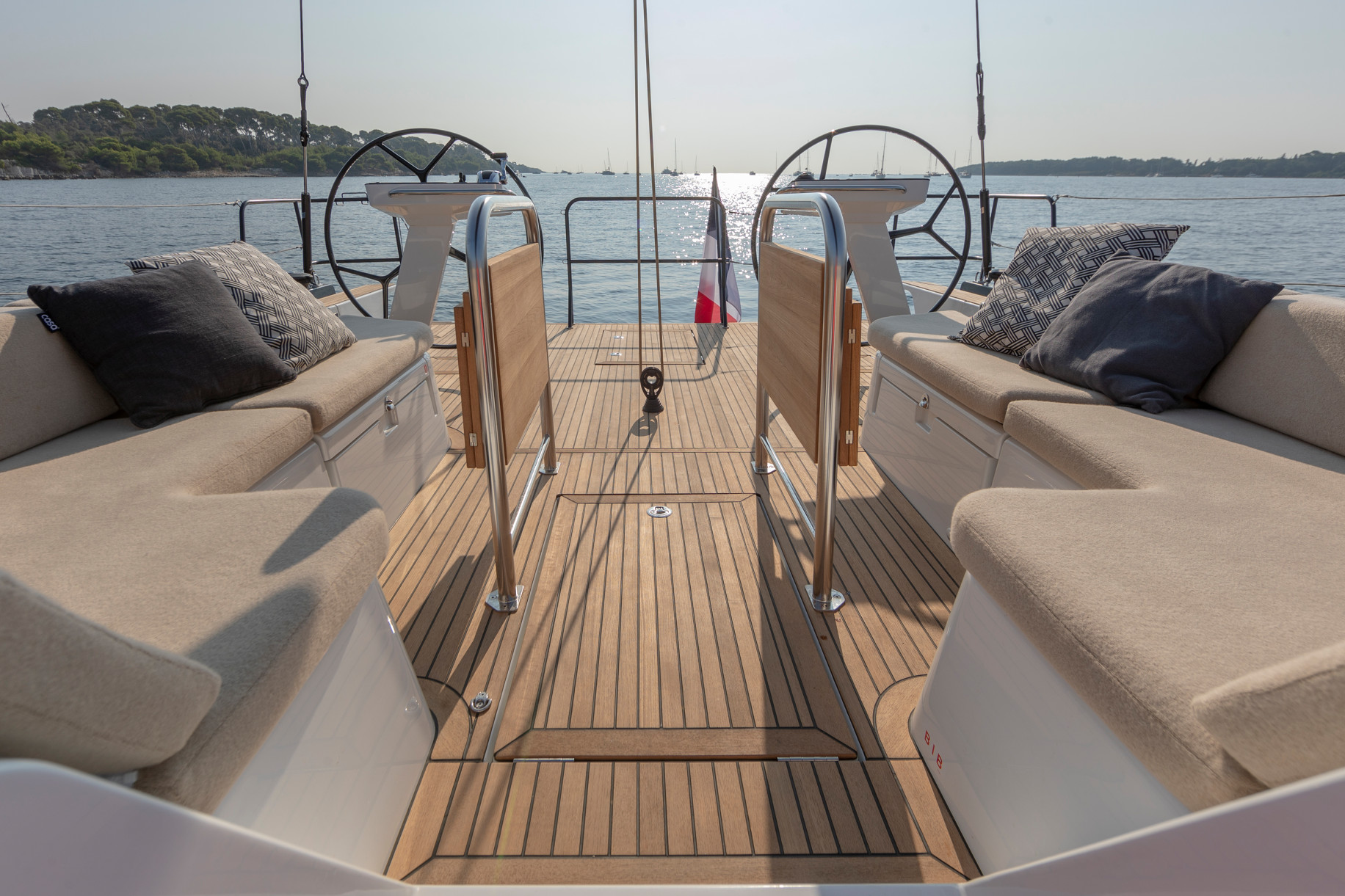 First Yacht 53-thumb-7