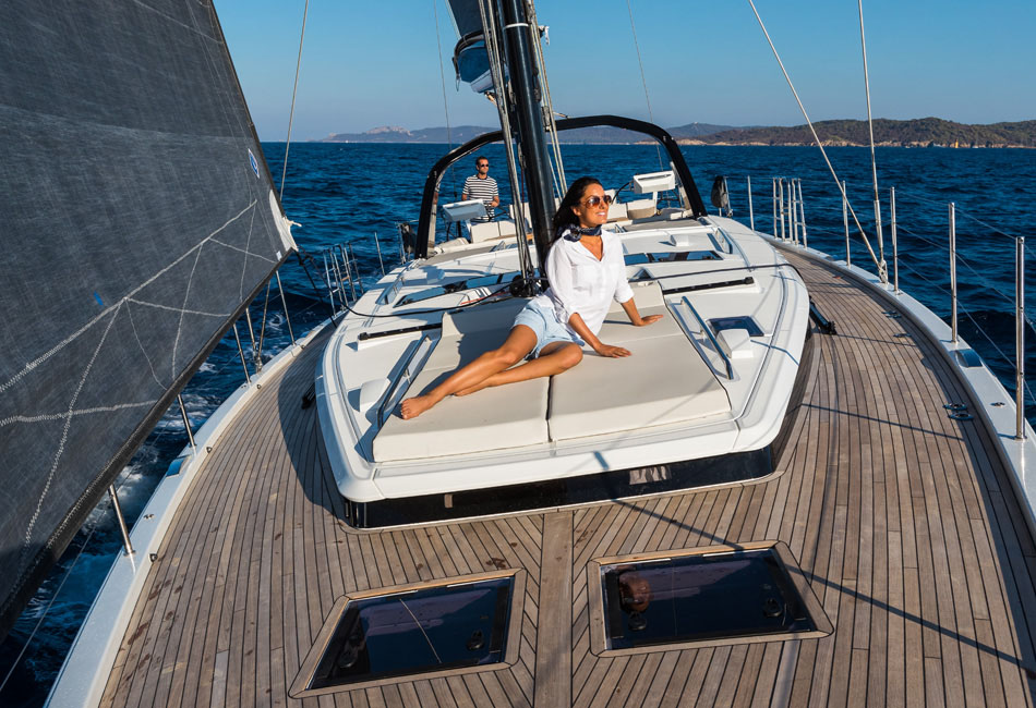 Oceanis Yacht 62-thumb-0