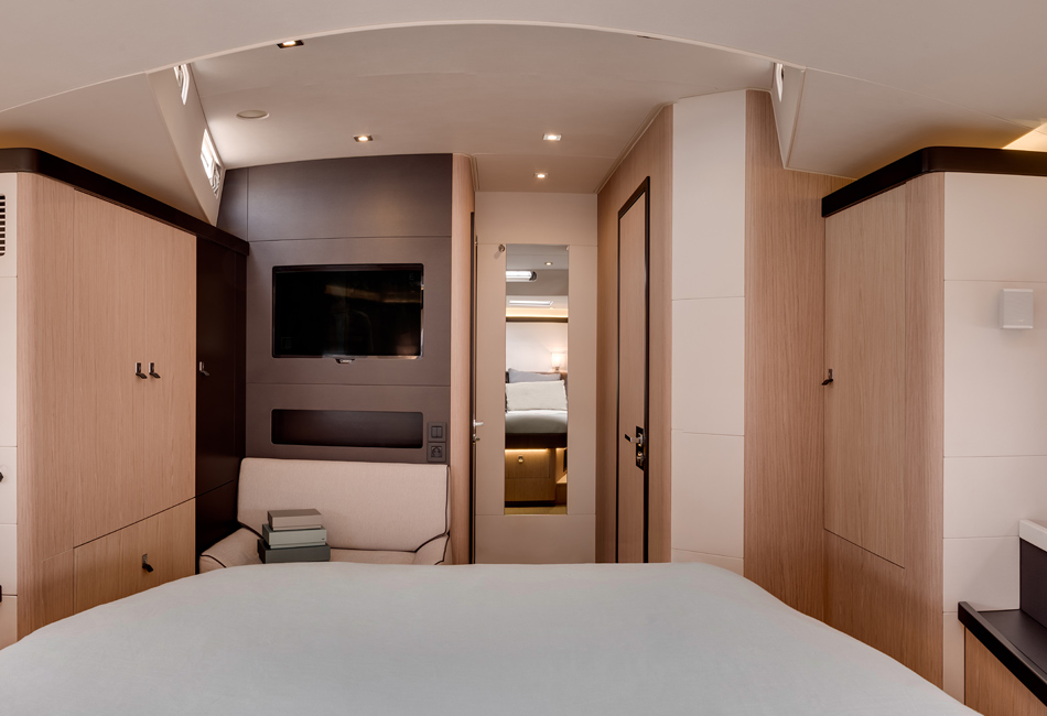 Oceanis Yacht 62-11