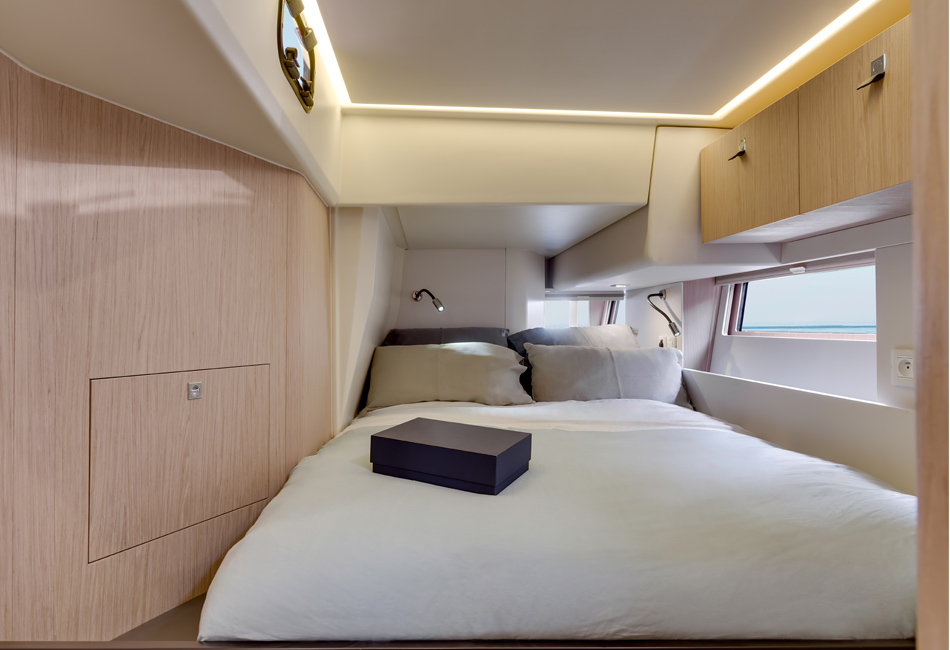 Oceanis Yacht 62-12