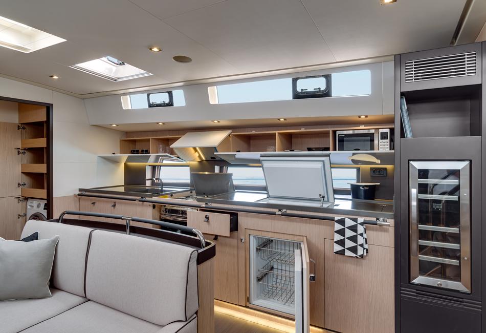 Oceanis Yacht 62-thumb-6