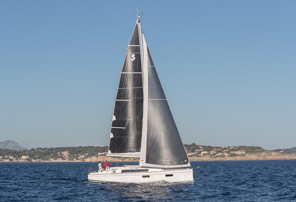 Oceanis 38.1-thumb-10